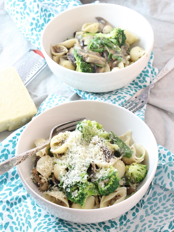 Creamy Mustard, Mushroom, and Broccoli Pasta | Gluten Free | Vegetarian | Thoroughly Nourished Life
