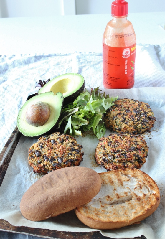 Spicy Black Bean Burgers with Sriracha Sauce | Gluten Free | Vegetarian | Thoroughly Nourished Life